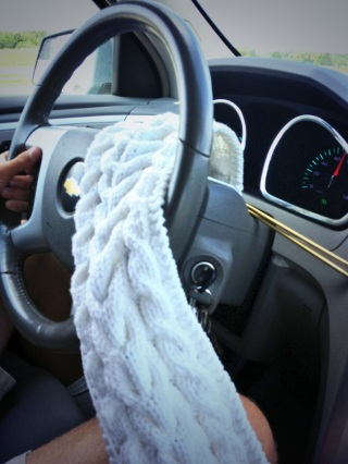 Yes, I can drive and knit!