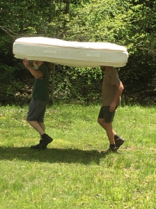 This is the best way to carry a mattress a 1/4 of a mile